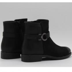 CS012 BLACK