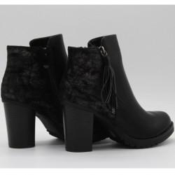 CS029 BLACK