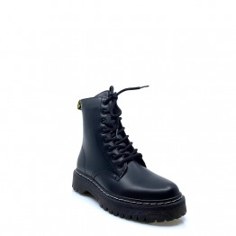 CS085 BLACK